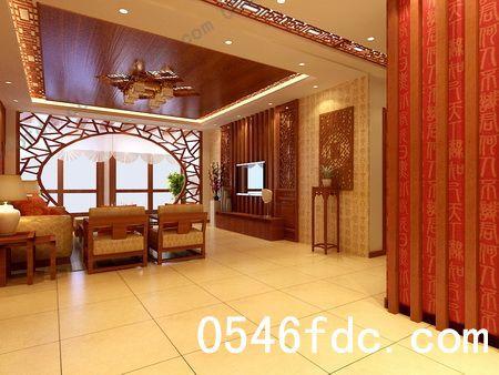 客厅吊顶四周采用回形吊顶,回形吊顶四周配以中式的花格,中间采用清油
