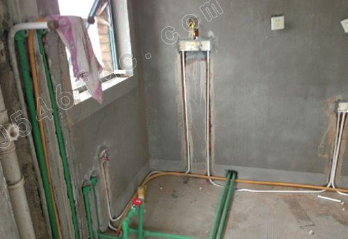 厨房水电装修图-175平米田园风格 打造四口幸福之家高清图片
