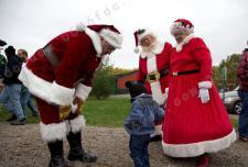 """探访圣诞学校 圣诞老人是如何""""炼""""成的"""