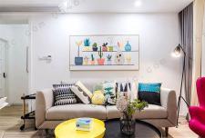 北欧风格小公寓 清新色彩装修风格实景图