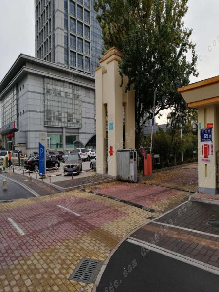 东城开发区管委会家属院自家住房170平
