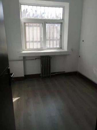 景苑东区精装房出租,面积73平